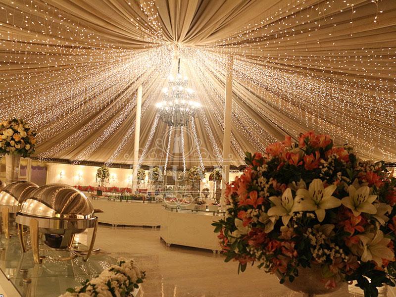تزیین سالن عروسی | صندلی شیواری | میز و ظروف تالار | تجهیزات تالار سمیعی